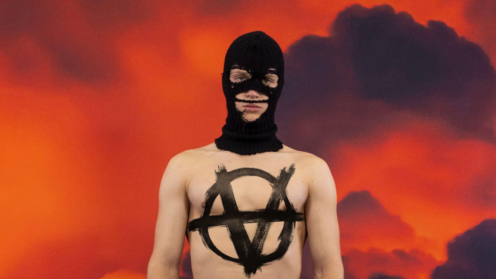 Súčasná móda nemá žiadne limity a nová kolekcia Vetements búra všetky stereotypy našej spoločnosti