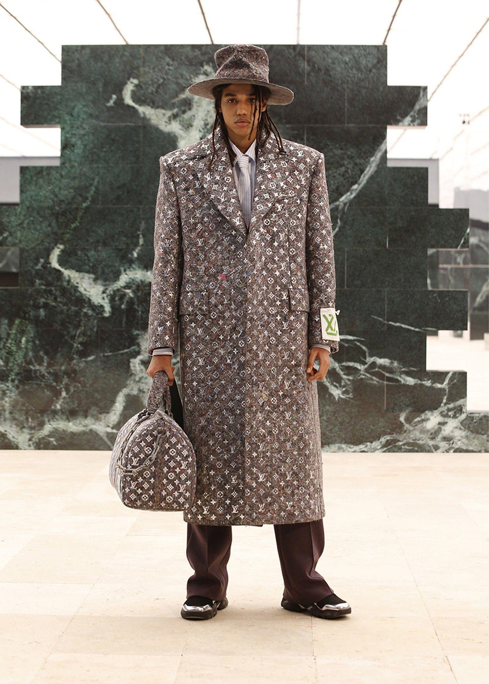 Louis Vuitton sa vydáva eco-friendly cestou a predstavuje líniu cestovných tašiek z inovatívnych látok s novým logom