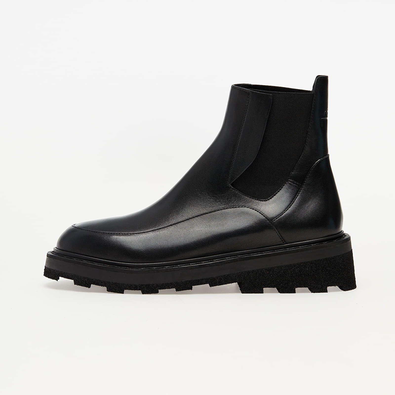 Vybrali sme 8 najzaujímavejších párov topánok vhodných aj do sychravého počasia