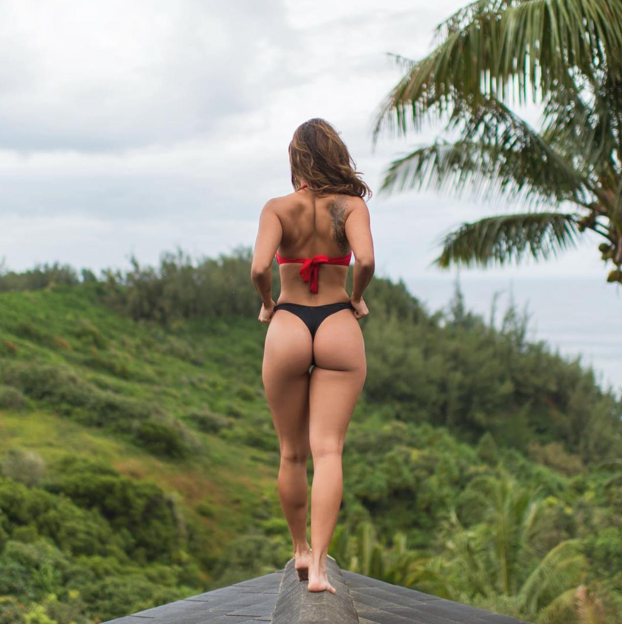 Odhalená ženská těla, skvělé prostředí a fotografie s nádechem glamouru. Instagram se stal rájem odvážných fotografů