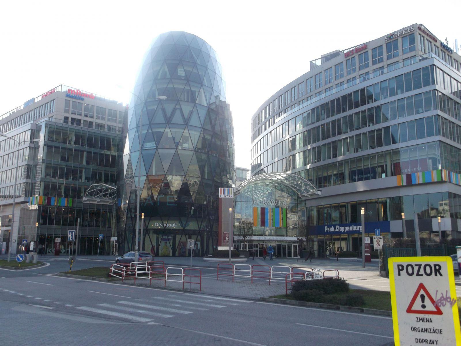 Eurovea Galleria. Porovnali sme bratislavské obchodné centrá  Kam sa cesta  oplatí  791e1763134