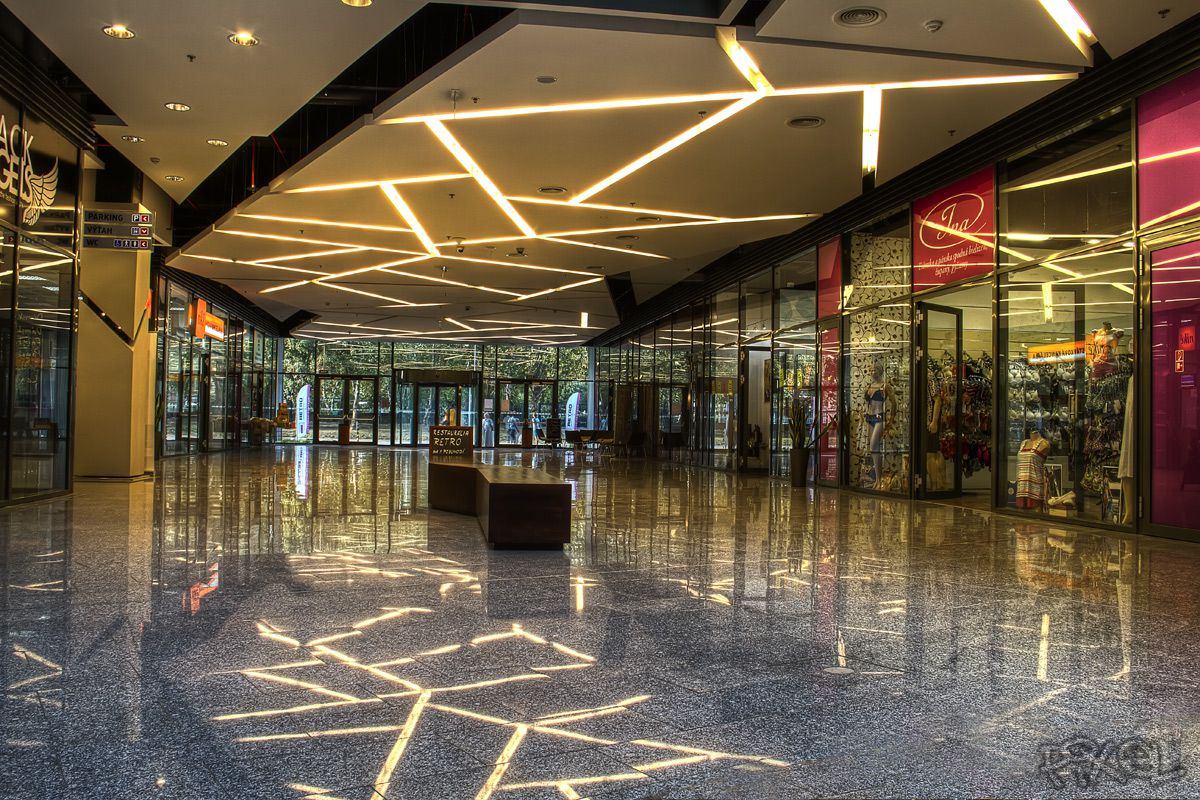 e875cd891f Porovnali sme bratislavské obchodné centrá  Kam sa cesta oplatí  OC RETRO