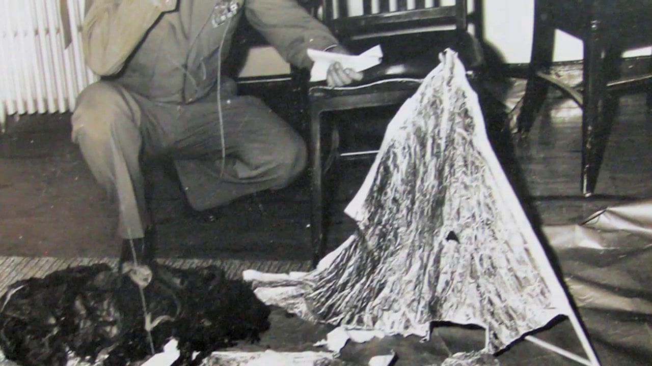the chaotic effects of the roswell incident in the community He told me about how the socorro ufo incident was the us testing out the lunar lander, and how the roswell incident was the us testing out radar balloons and the mysterious metal that was found was in fact mylar.