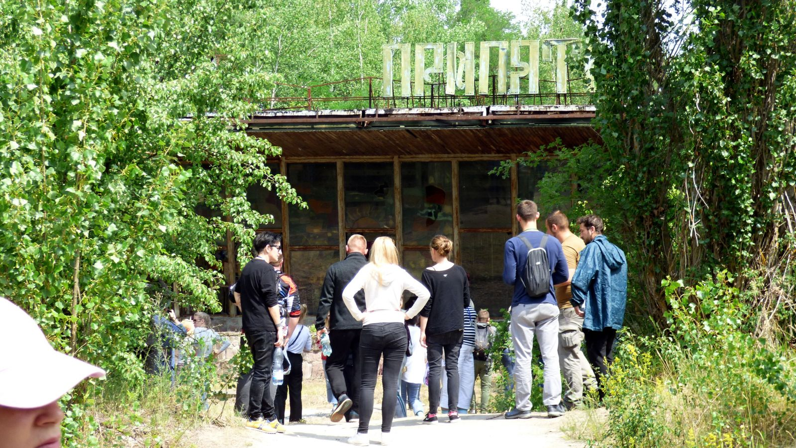 Navštívili sme uzavretú zónu. Černobyľ je plný túlavých psov a v elektrárni stále pracujú ľudia