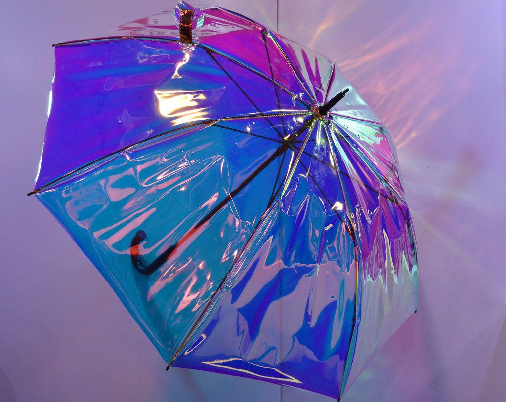 Na trh prichádza pestrofarebný dáždnik, ktorý ťa včas upozorní na príchod dažďa či na fakt, že si si ho zabudol doma
