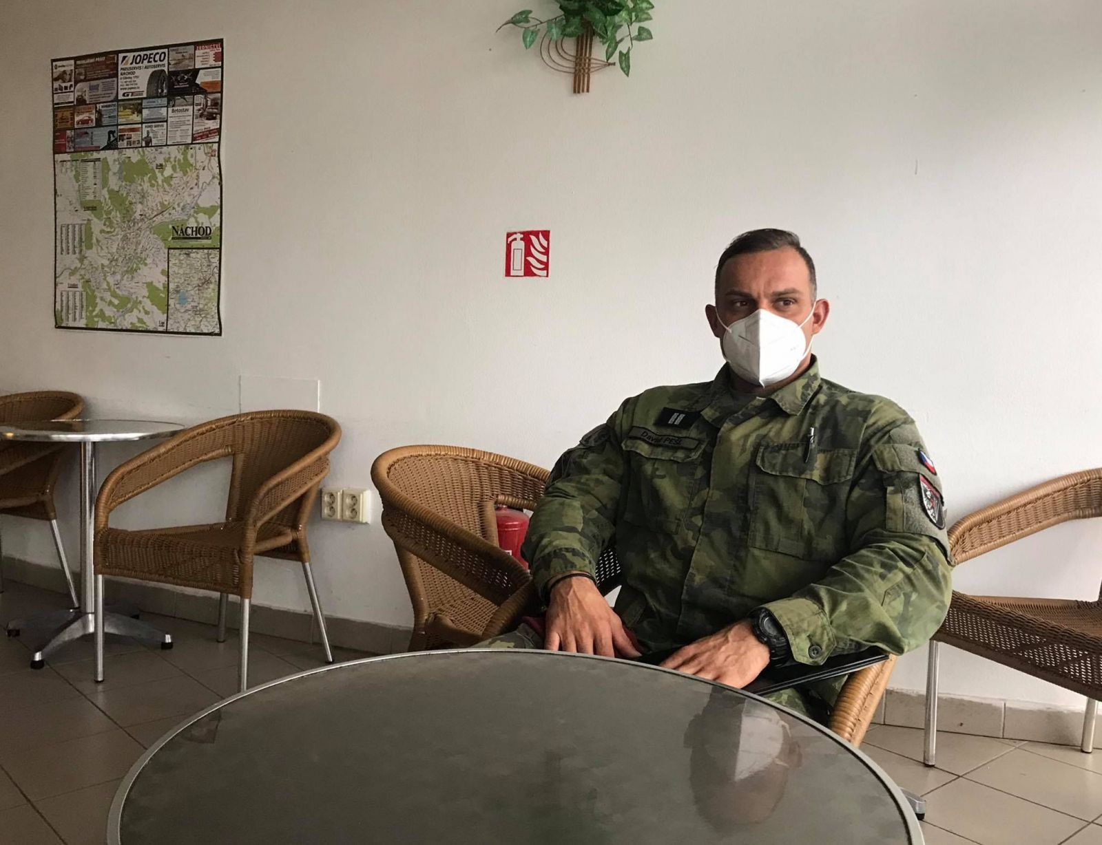 Rotmistr Pešl z Armády ČR