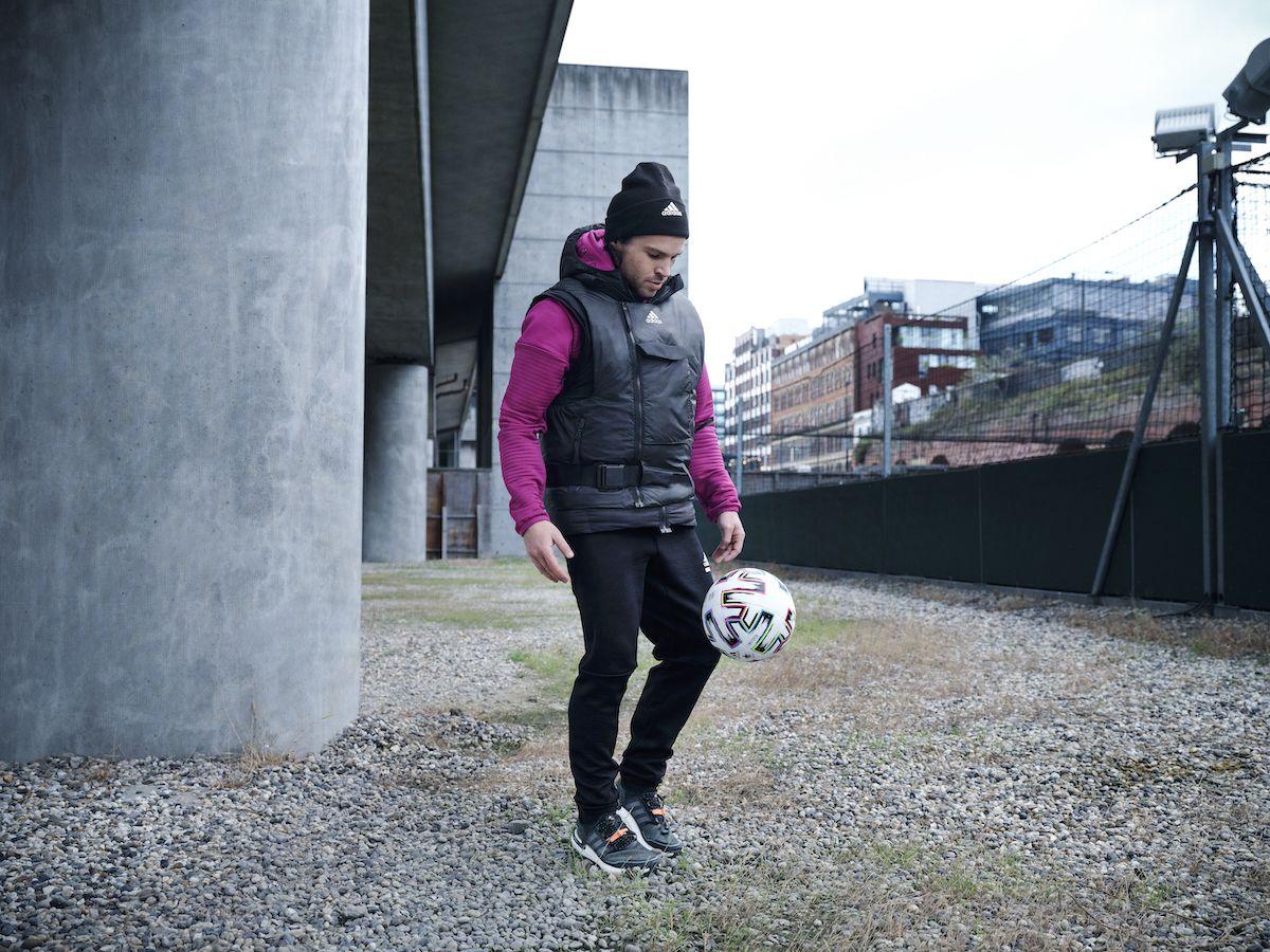 Že se v chladném počasí nedá venku sportovat? S kolekcí COLD.RDY od adidasu to není problém