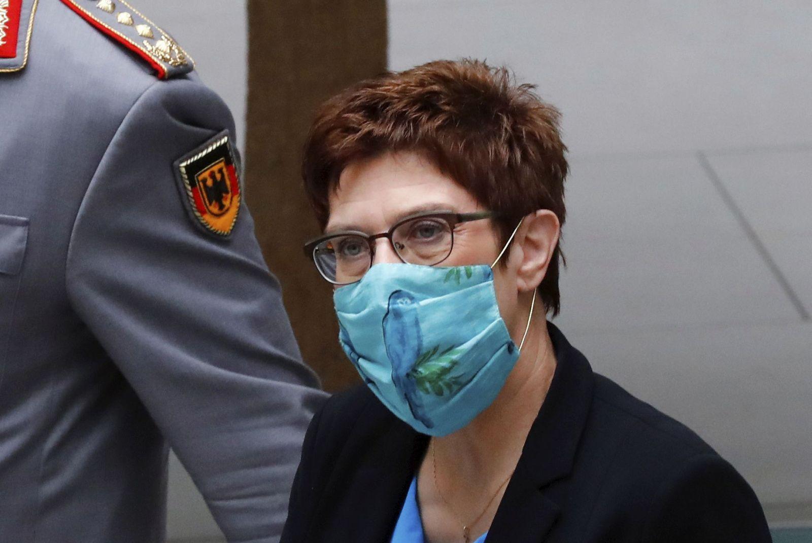 Na snímke nemecká ministerka obrany Kramp-Karrenbauer.