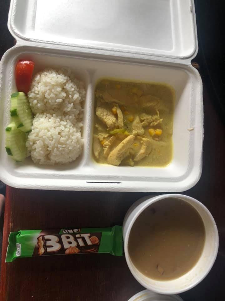 Jedlo v štátnej karanténe: Jedni si ho pochvaľujú, podľa iných je to čistý hnus