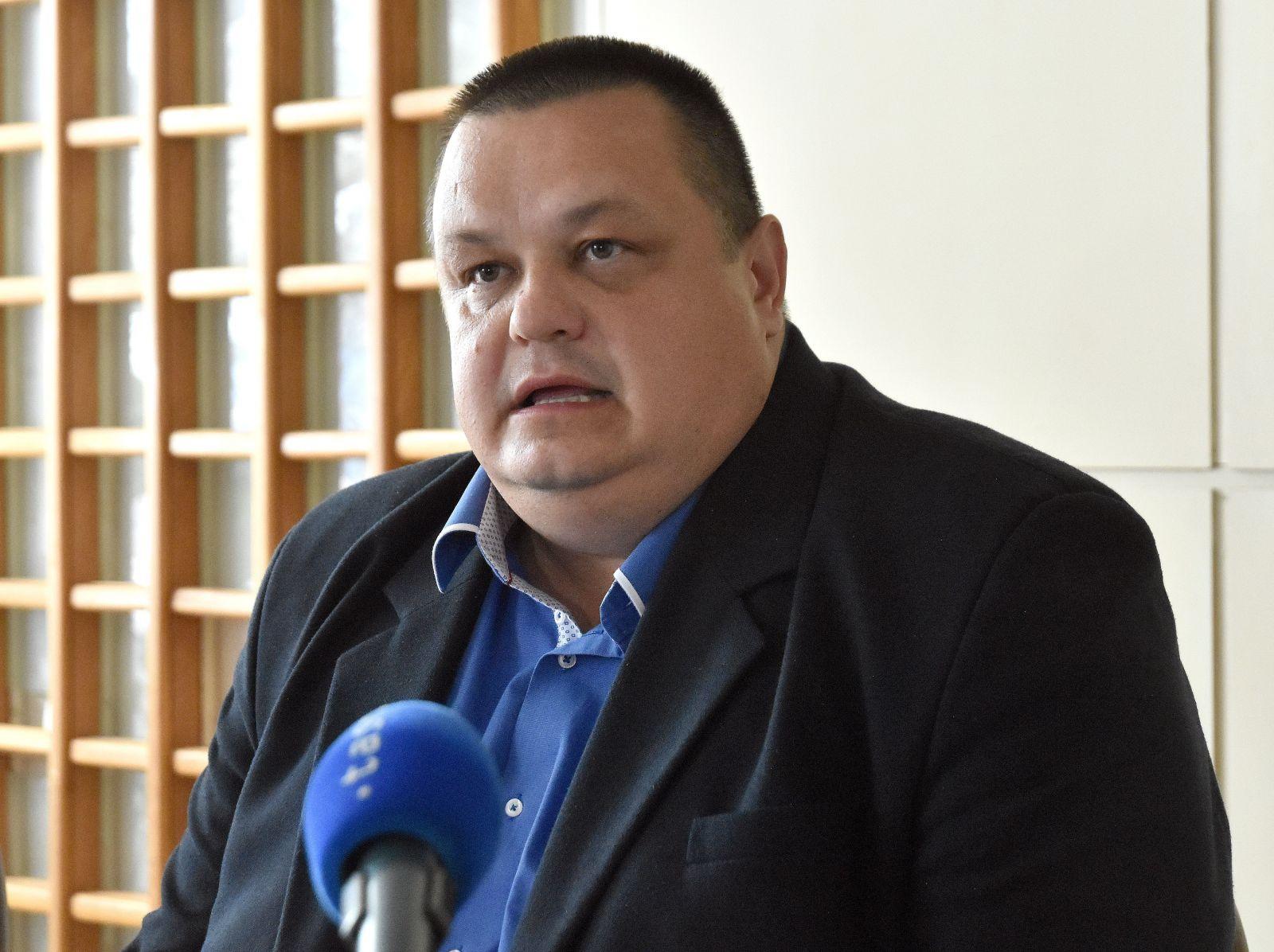 Hlavný hygienik Ján Mikas prijal opatrenia