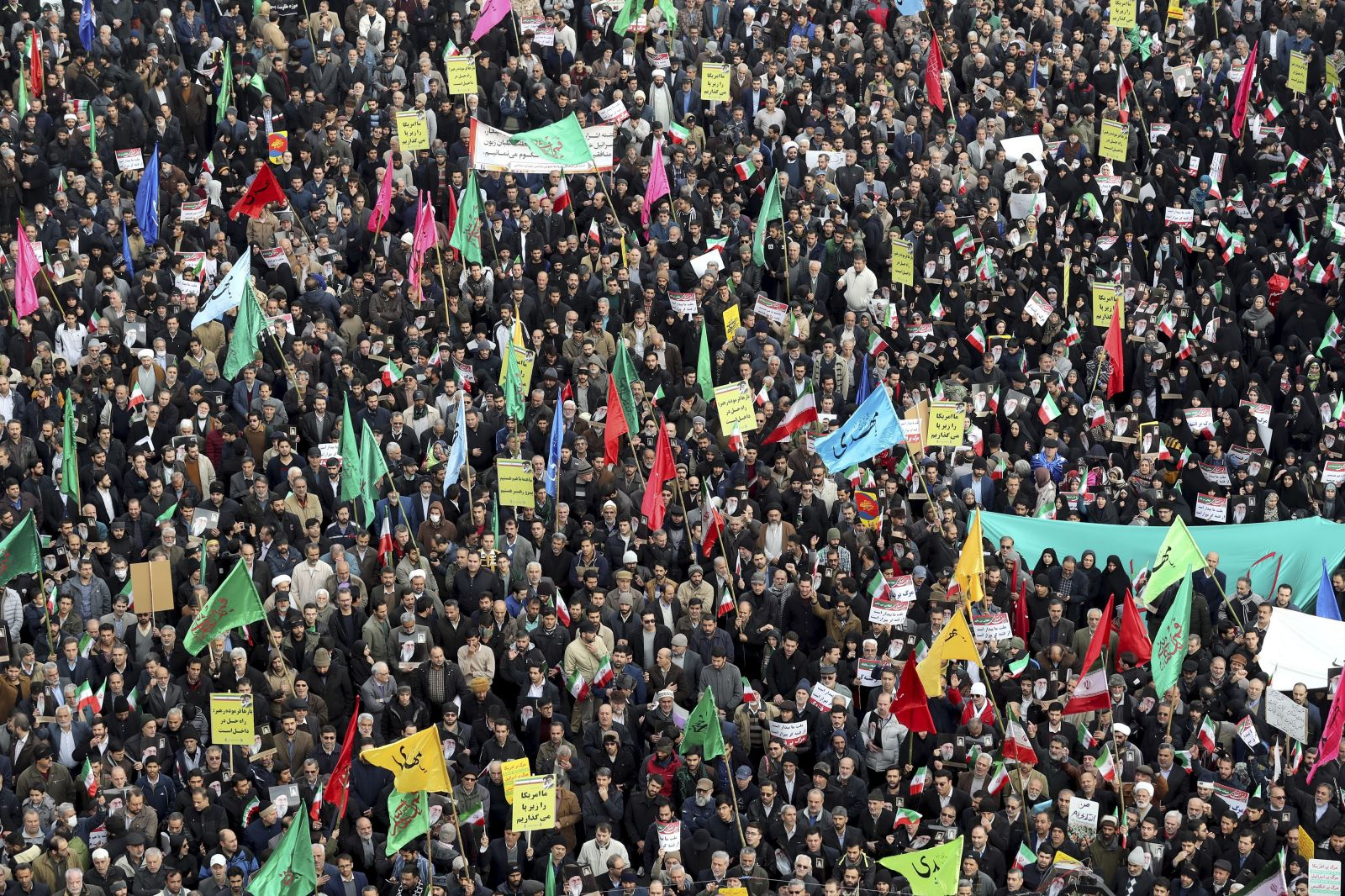 Iránec Mohammad pre Refresher: Bojíme sa každý deň, že bude vojna