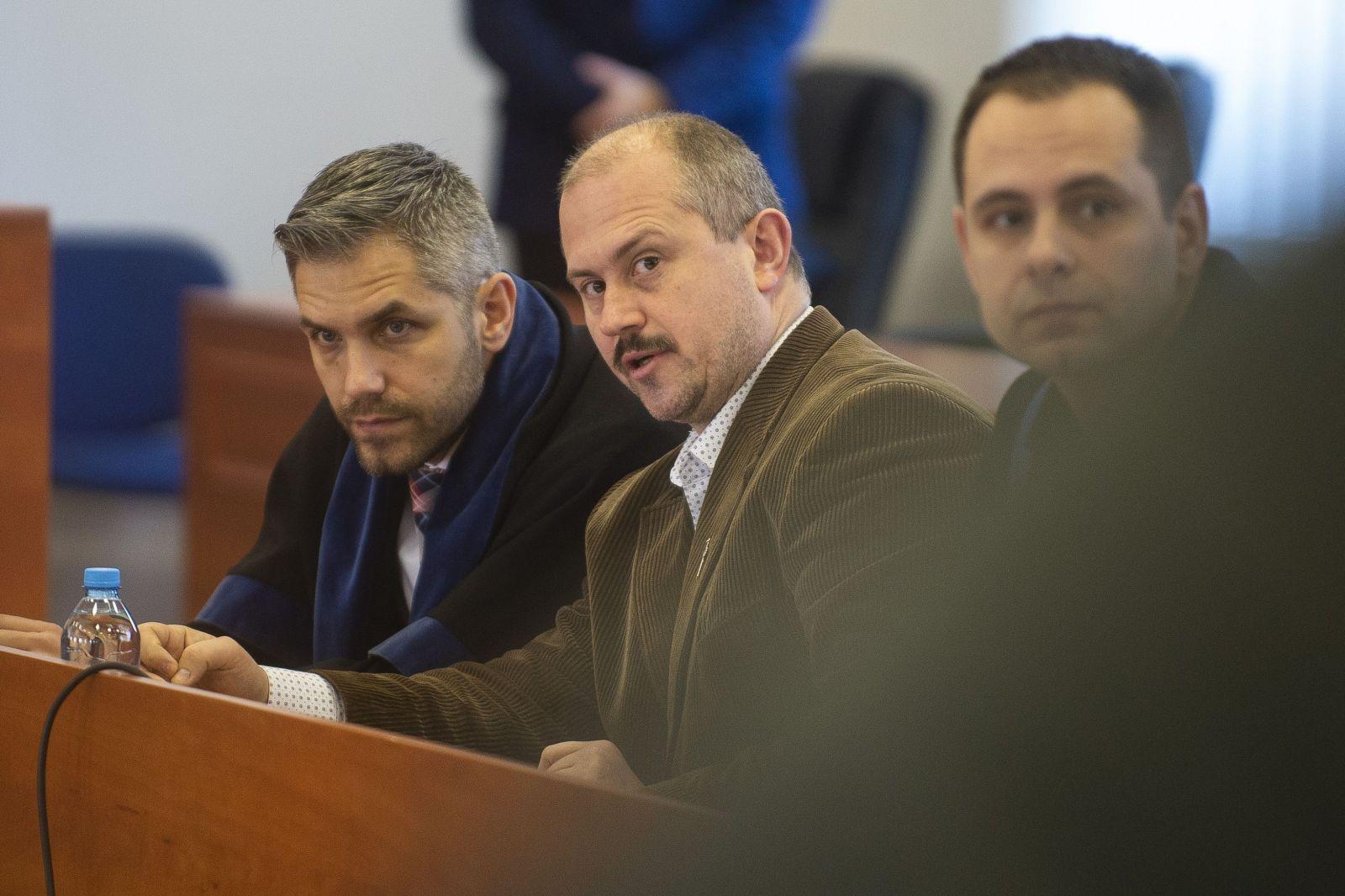 Boli sme na súde s Marianom Kotlebom. Znalec nacizmu a fašizmu potvrdil, že číslovka 1488 je jasný prejav extrémizmu