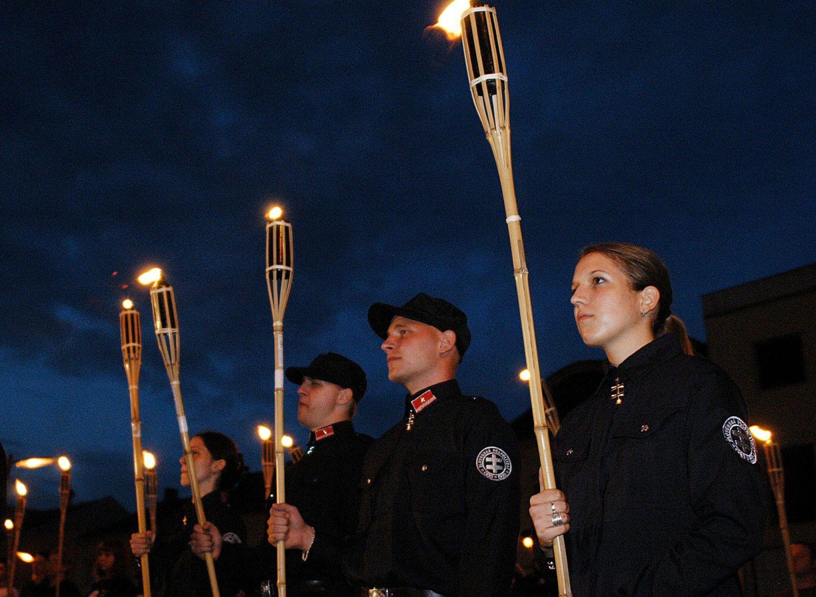 Slovenská pospolitosť organizovala pravidelne aj fakľové pochody