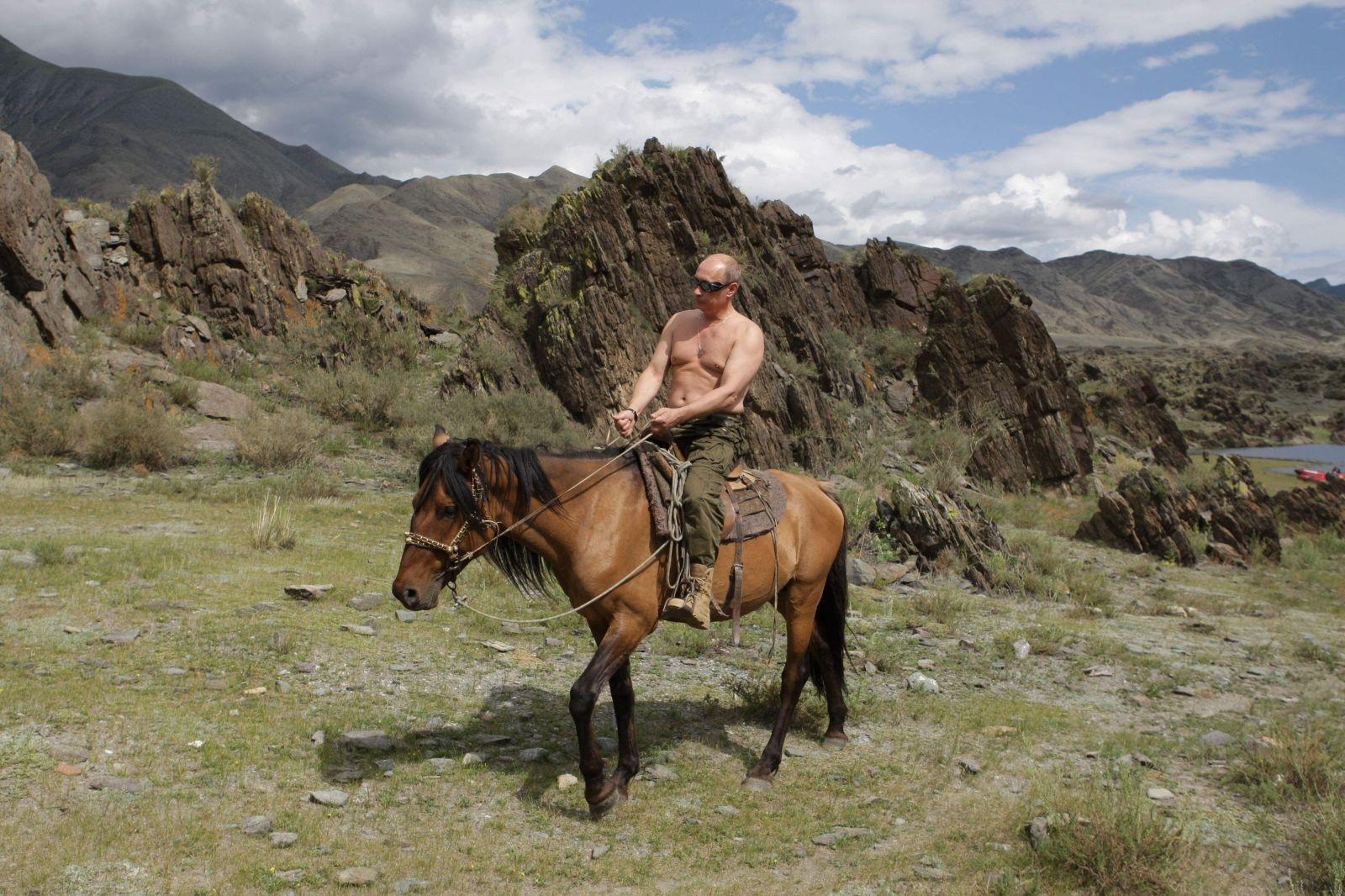 Putin môže vládnuť do roku 2036. V Rusku vrcholí referendum o zmenách ústavy