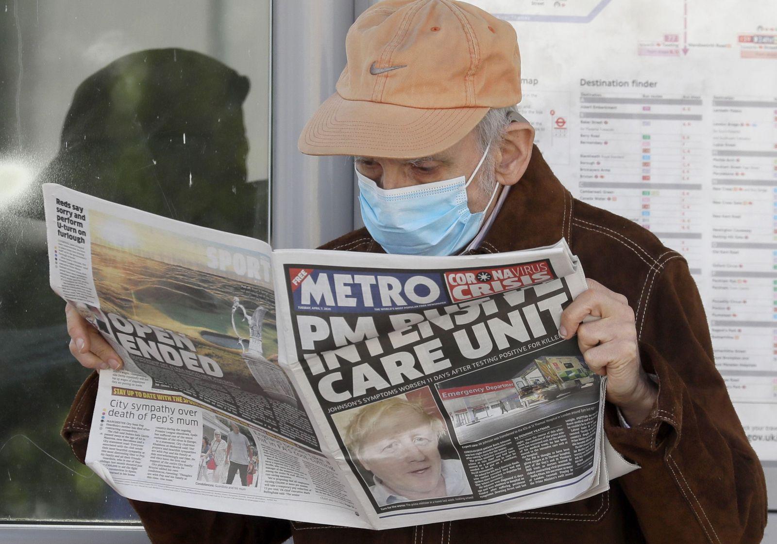 Boris Johnson už nie je na jednotke intenzívnej starostlivosti. Britský premiér sa z Covidu-19 lieči už dva týždne