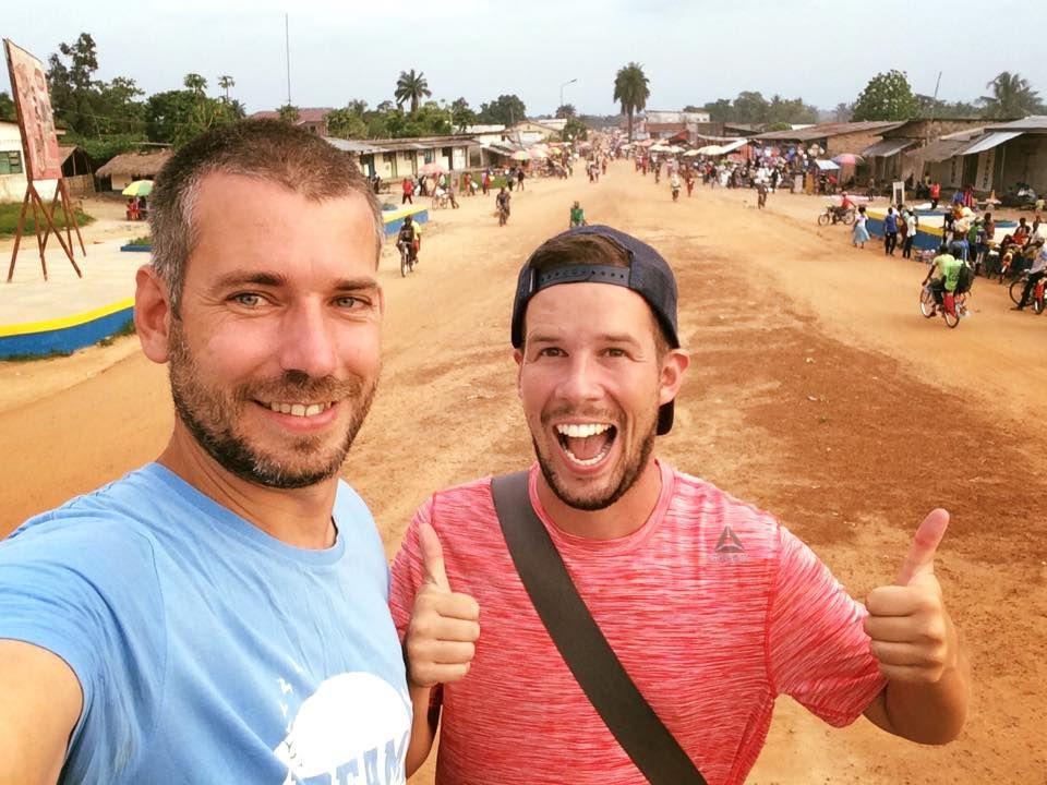 Vyše tristo ľudí na jeden záchod a sušené opice. Martin a Peťo z Travelistanu nám prezradili ako prebiehala ich expedícia v Kongu