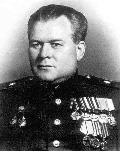 Netvor, který osobně popravil okolo 50 tisíc lidí. Stalinův brutální kat dostal za své odporné činy povýšení