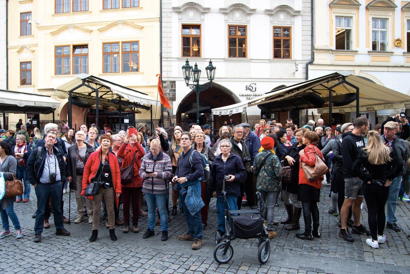 Airbnb je důvod, proč místní nenávidí centrum Prahy. Turistů je stále více a město ztrácí duši