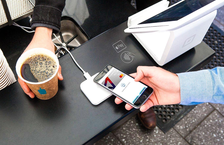 Apple Pay v Česku spustily další banky. Zjistili jsme, kdy se dočkáme podpory u všech a co Google Pay