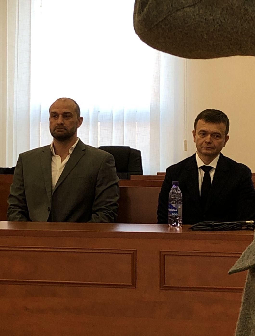 """LIVE zo súdu s Kočnerom: Svedok Haščák bude vysvetľovať  """"od**banie ču**ka"""", Bödör lustráciu novinárov"""