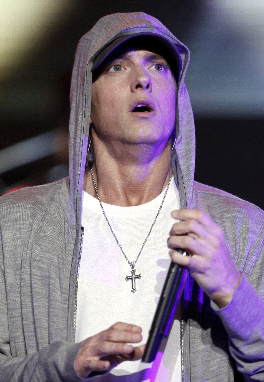 Vo veku 67-rokov zomrel Eminemov otec