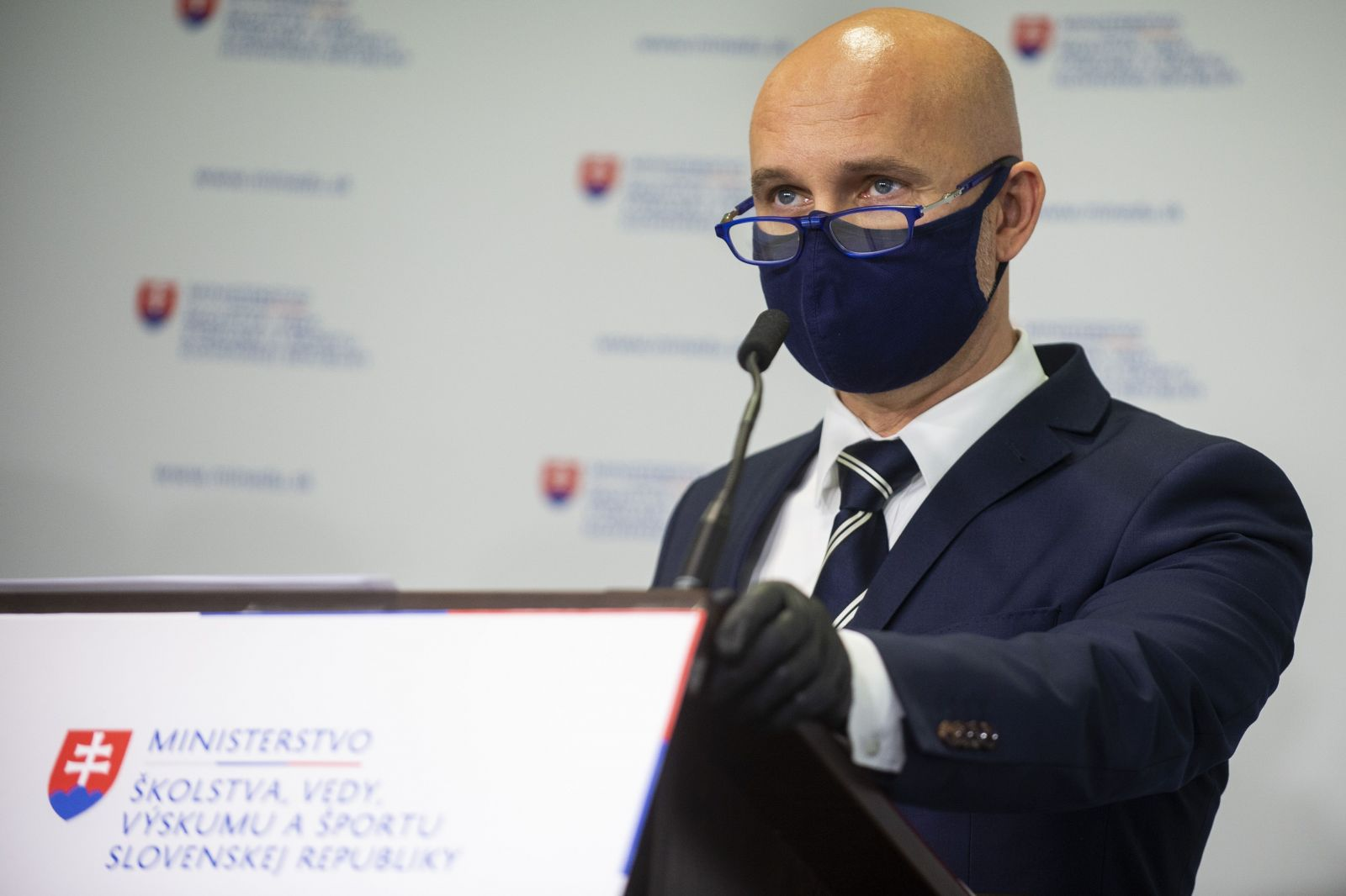 Branislav Gröhling dúfa, že vyučovanie v obmedzenej forme začne v júni