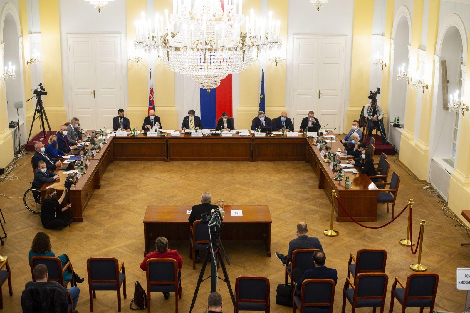 Museli vysvetľovať, prečo nechali Trnku aj Kováčika rozložiť prokuratúru: 10 najdôležitejších momentov vypočutia kandidátov na GP