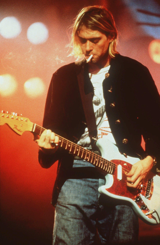 O jeho smrti sa šíria konšpirácie, mal imaginárneho priateľa. 20 zaujímavostí o Kurtovi Cobainovi, ktoré si (možno) nevedel