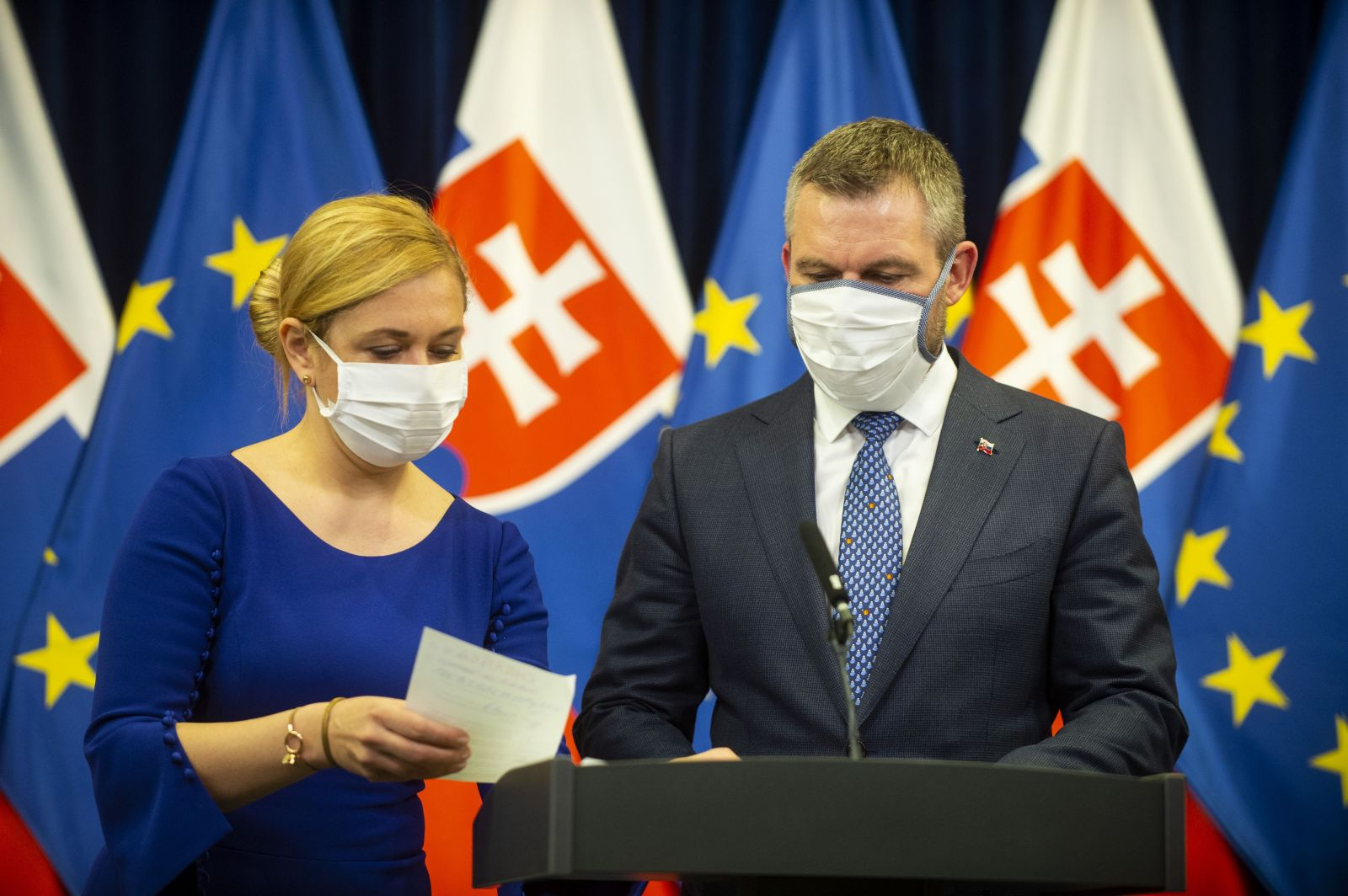 Ak príde k najhoršiemu, koronavírusom sa na Slovensku nakazí pod 40 % obyvateľstva