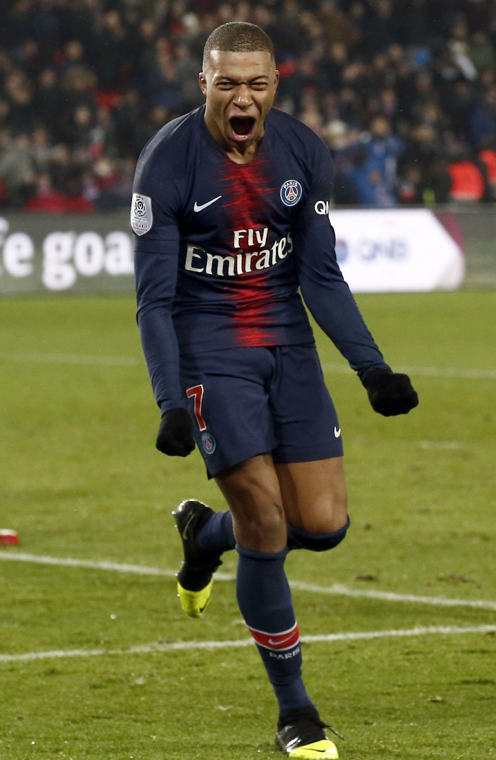 Real Madrid chce za Mbappého údajne vysoliť obrovskú sumu. Až štvornásobok toho, čo klub zinkasoval za Ronalda
