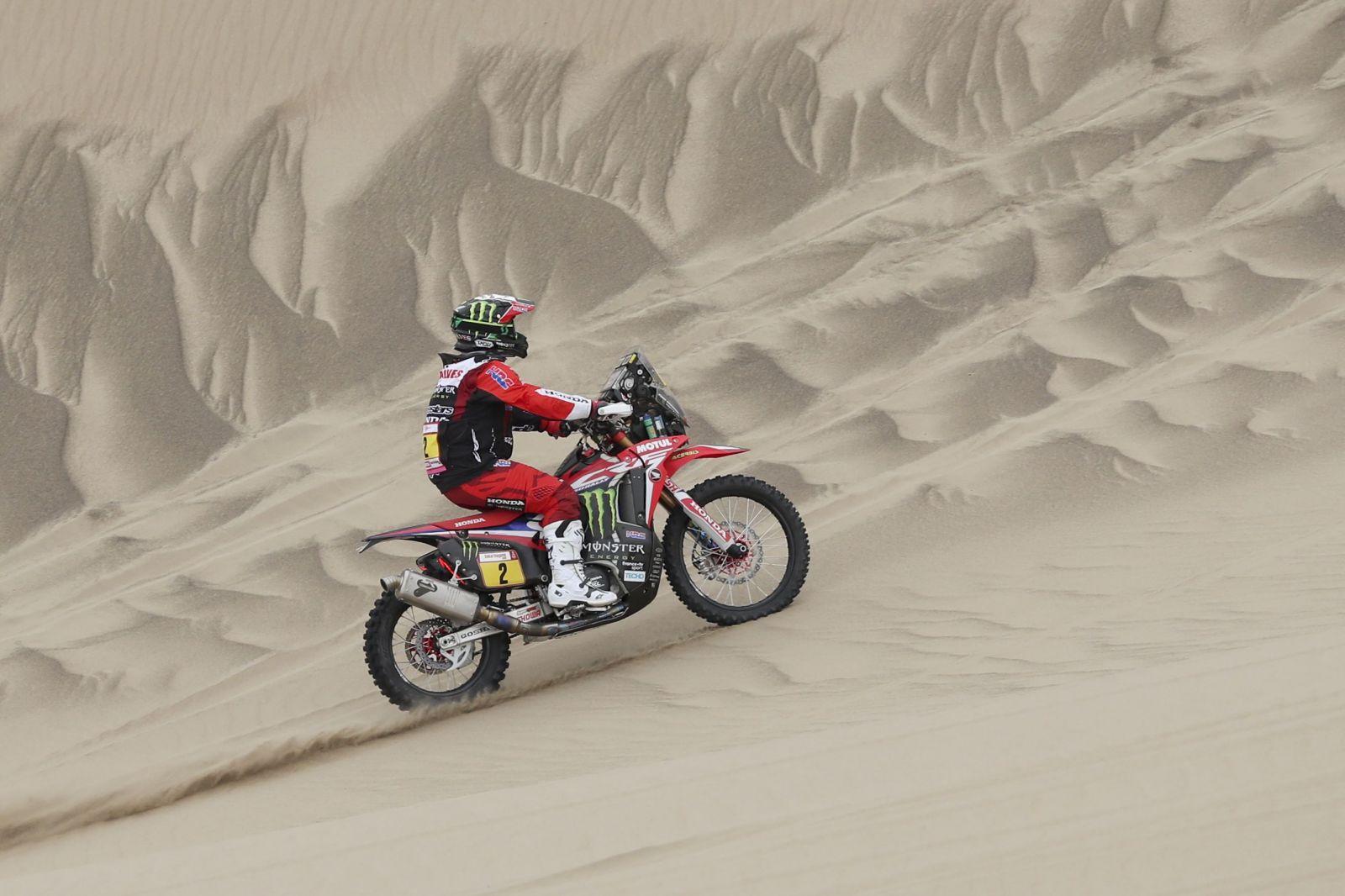Na Rally Dakare zomrel po nehode motocyklista. Lekári prišli na miesto už o 8 minút, bolo už ale neskoro