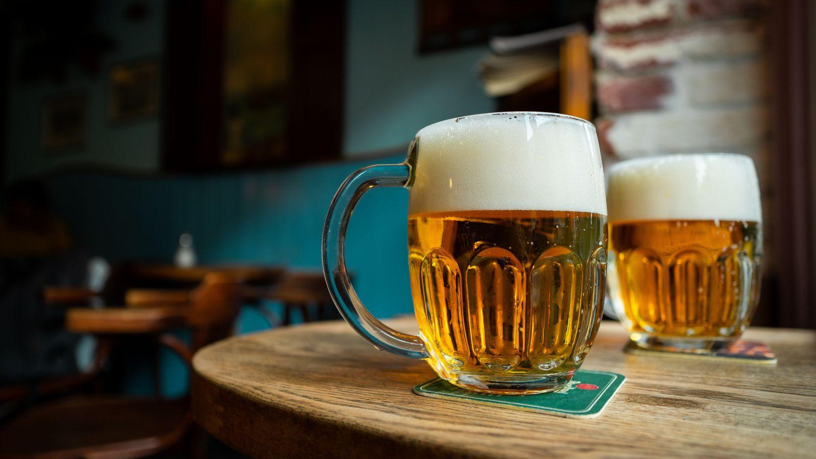 Vedci zistili, že niektoré silnejšie pivá sú pre človeka zdravé, a to vďaka črevným baktériám