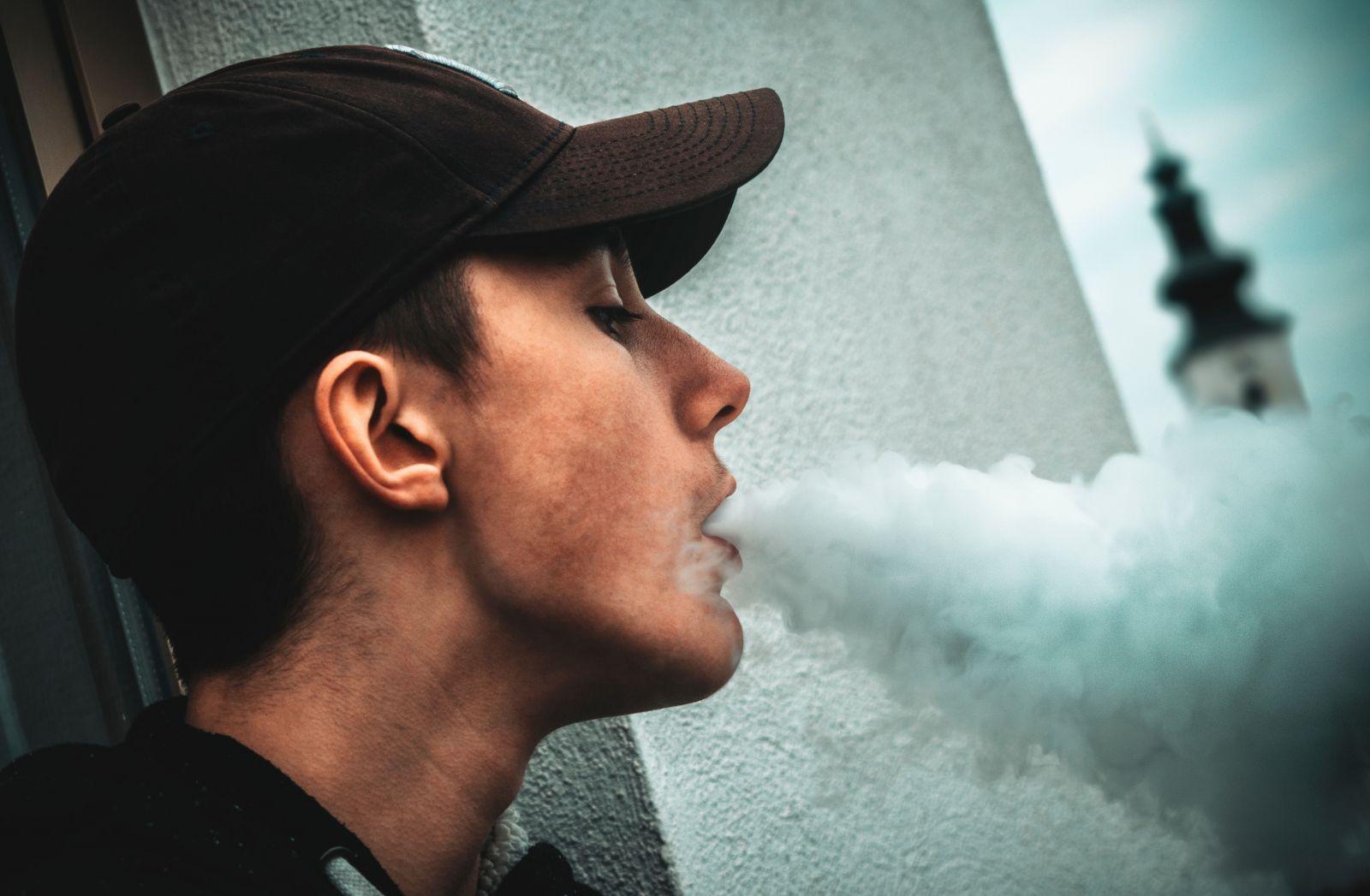 Kouření hudební video
