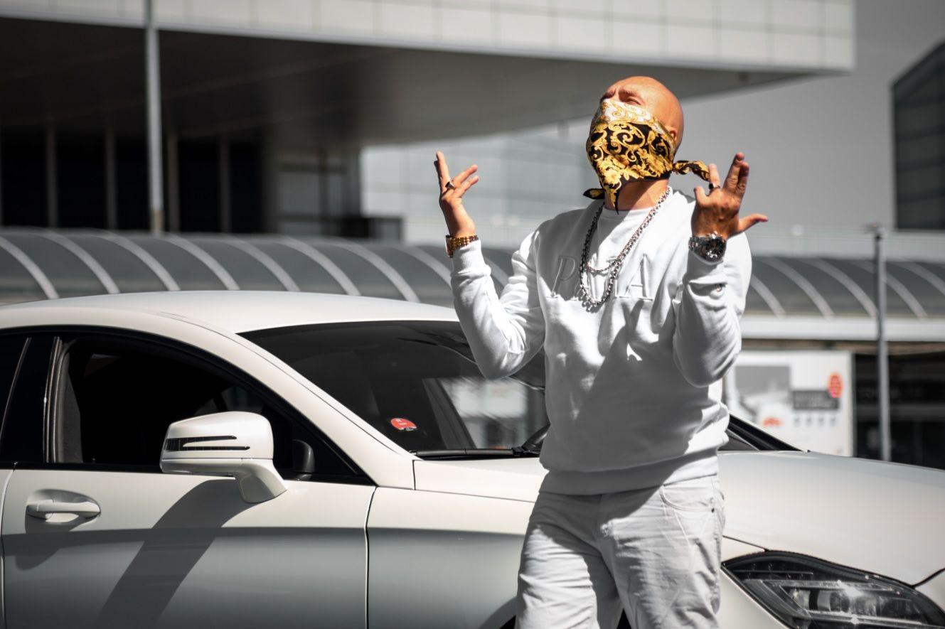 Otec českého gangsta rapu Baba Lag: Můj život je jak film, na který se chceš dívat. Peníze, luxus, strach, s**čky a rap